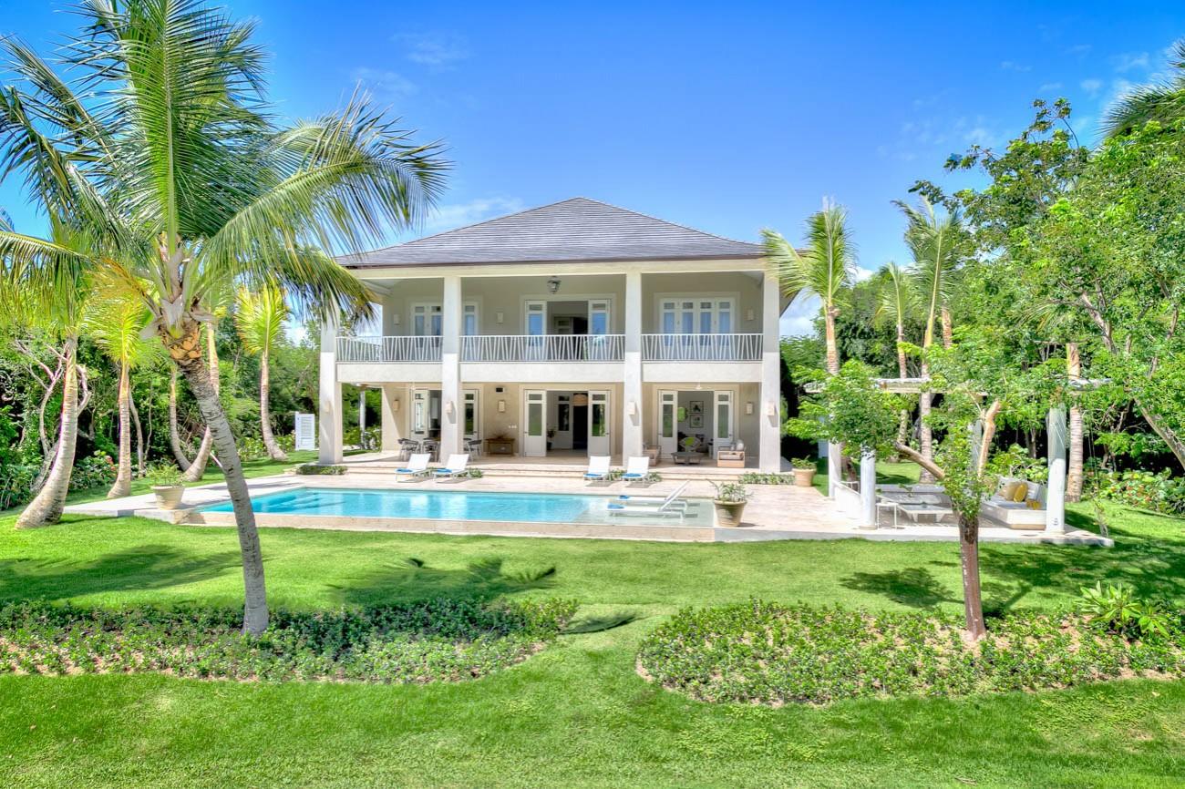 Punta cana luxury villa rentals Carlos