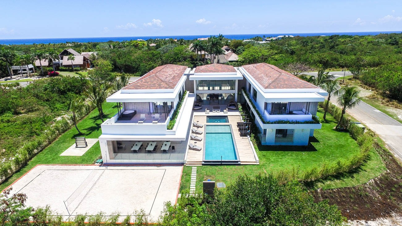 Dominican Republic tourism Paseo